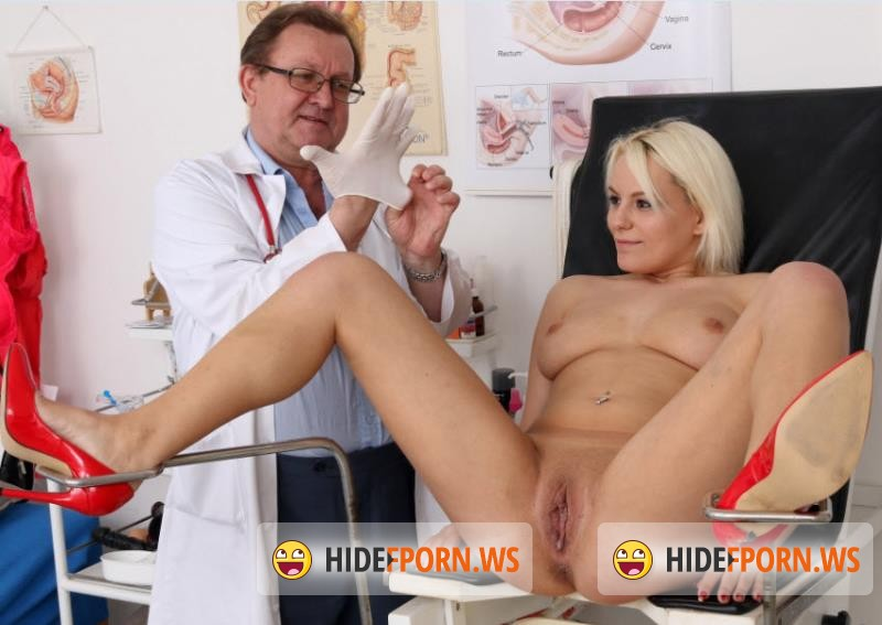 ExclusiveClub.com/FreakyDoctor.com - Sina - 22 years girls gyno exam [HD 720p]