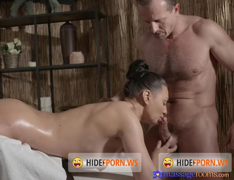 MassageRooms.com - Eva, Georg - The Russian MILF [HD 720p]