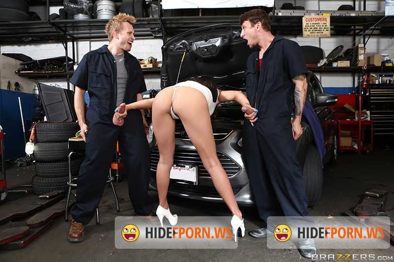 BGB: Rilynn Rae - Private Parts And Service [HD 720p]