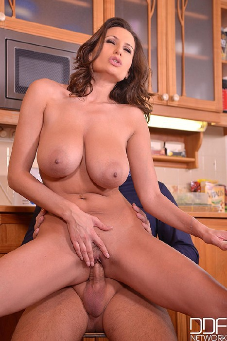 DDFBusty.com/DDFNetwork.com - Sensual Jane - A Chefs Choice - Busty Glamour Goddess Titty Fucked In Kitchen [SD]