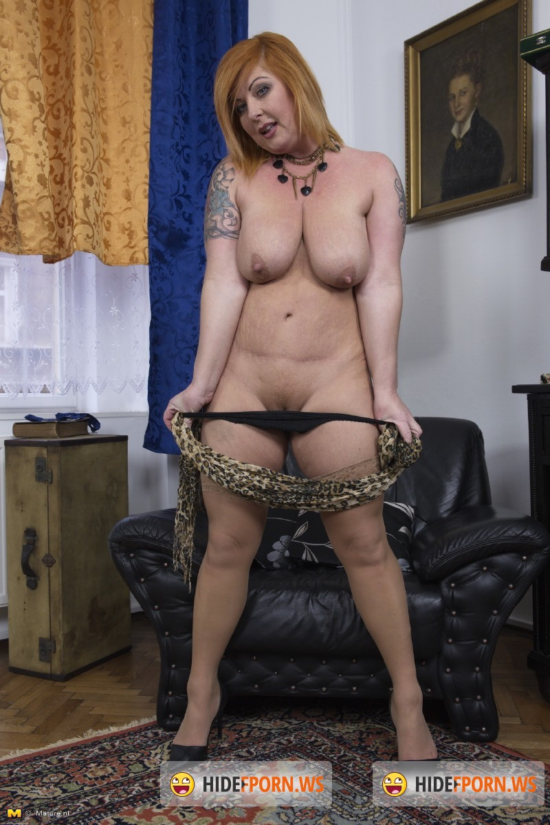 Mature.nl - Alex (36) - Chubby mature lady playing with herself [SD 540p]
