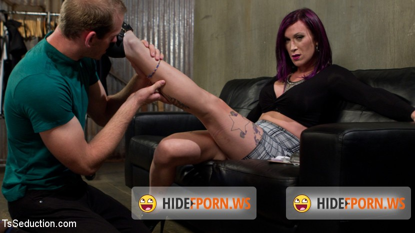 TSSeduction.com/Kink.com: Jonah Marx, River Stark - TS Film directors works her actors with her GIANT HARD COCK! [SD 540p]