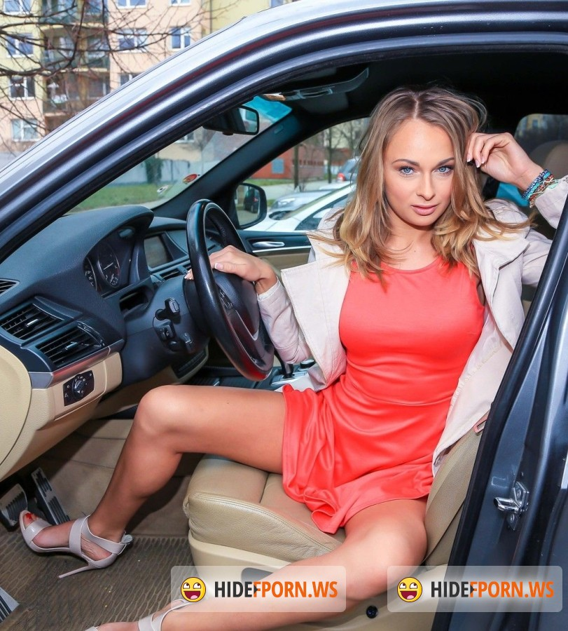 DigitalPlayground - Ivana Sugar - Driving Test [FullHD]