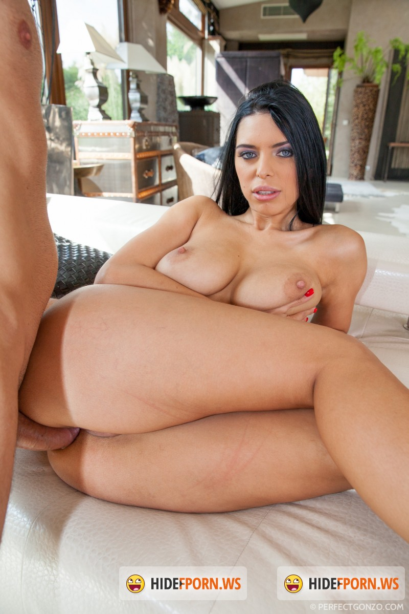 PerfectGonzo.com - Kyra Queen - AssTraffic [HD]