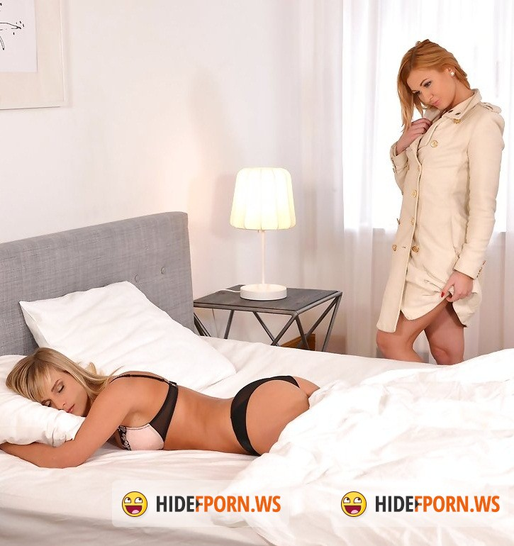 Girls and Girls: Miela, Tracy Lindsay aka Tracy Delicious - Sundays Are For Lovers - Lesbian Lovers Have Bedroom Romp [HD 720p]
