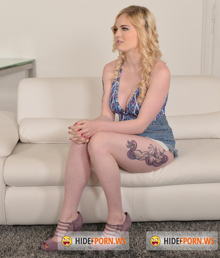 1By-Day/DDFNetwork - Carly Rae - X-Rated Interview - Nymph Dishes On Her Life And Rubs On Her Dildo [FullHD]