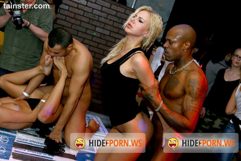 DrunkSexOrgy.com/Tainster.com - Angel Piaf aka Chaynee, Barra Brass, Bibi Fox, Chelsy Sun, Eileen Sue, Eveline Dellai, Karol Lilien - DSO COCKS N CLITS Construction Company Part 6 - Main Edit  [FullHD 1080p]