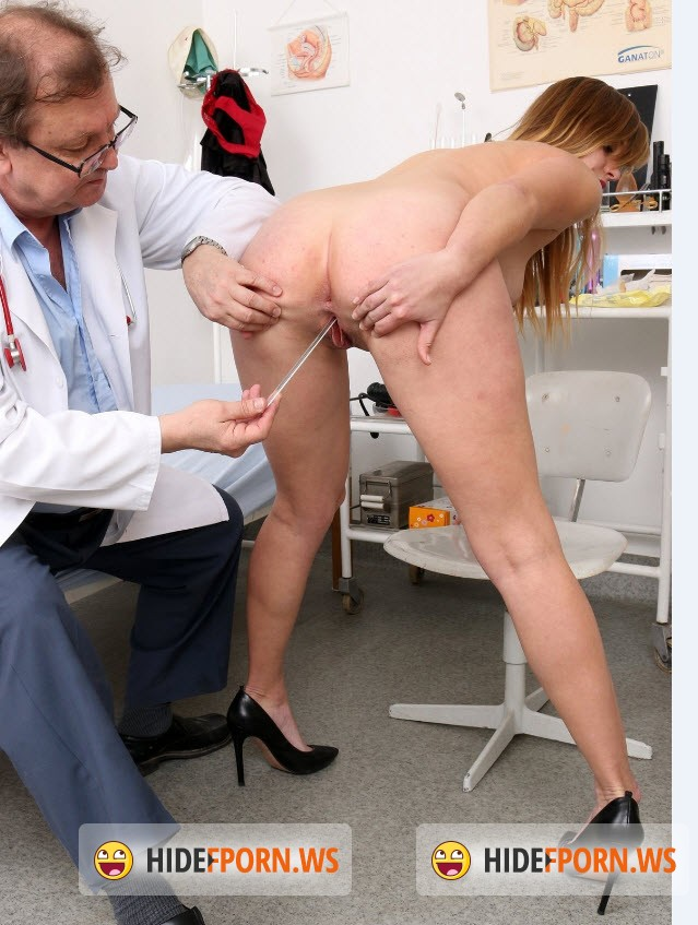 FreakyDoctor.com - Violet - 21 years girls gyno exam [HD 720p]