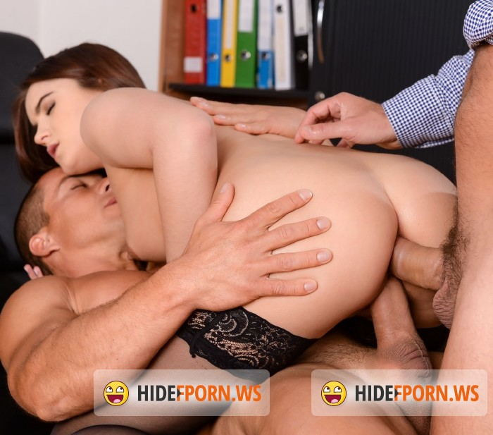 DPFanatics.com/21Sextury.com - Evelina Darling, Victor, Matt Bird - Evelina Gets a Double [SD]