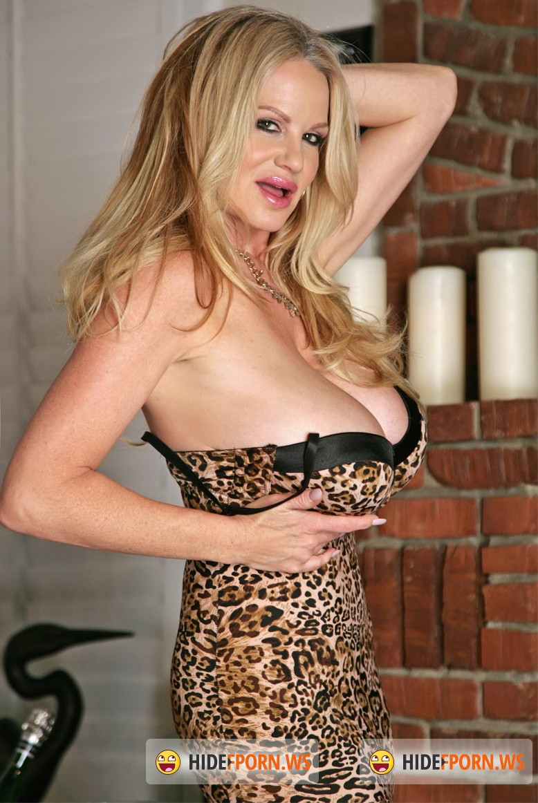 KellyMadison.com - Kelly Madison - Big Tit Romance [FullHD 1080p]