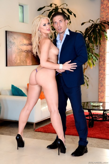 Evilangel.com - Anikka Albrite, Mick Blue, Eric Everhard - Anikkas Surprise Birthday Double Penetration [SD]