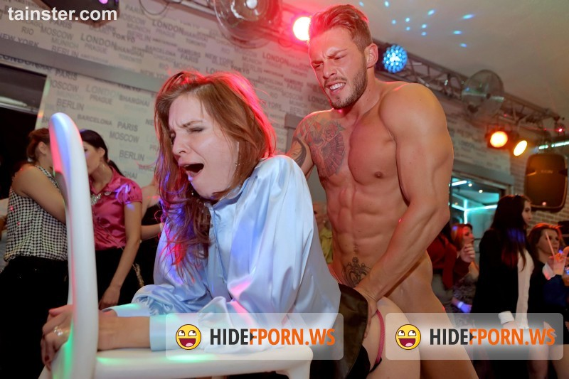 PartyHardcore.com/Tainster.com - Amateurs - Party Hardcore Gone Crazy Vol. 28 Part 2  [FullHD 1080p]