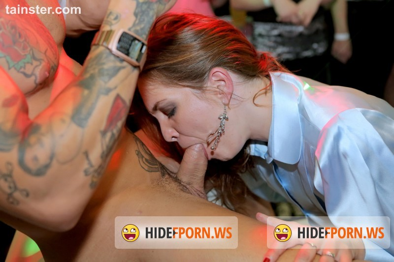 PartyHardcore.com/Tainster.com - Amateurs - Party Hardcore Gone Crazy Vol. 28 Part 2  [HD 720p]