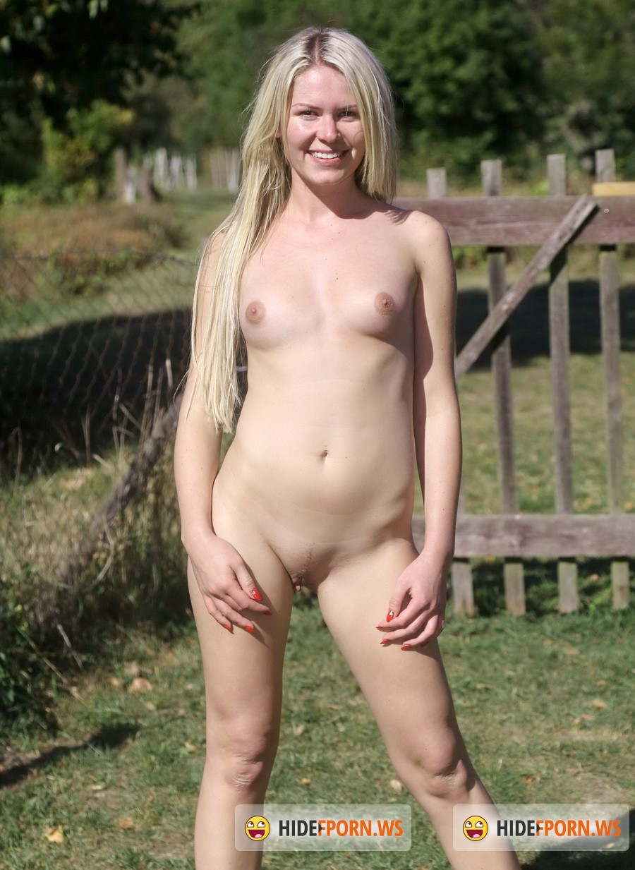 ClubSevenTeen.com - Claudia M - Teen Masturbating In The Open Air [FullHD 1080p]