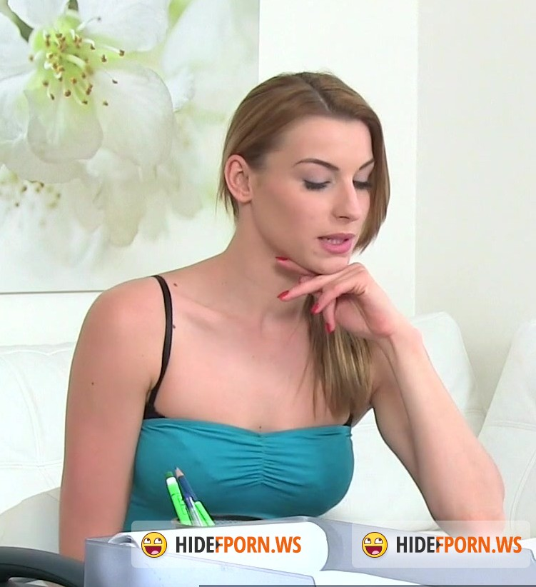 Female Casting: Tracy, Victoria - Sexy Blondes in Hot Lesbian Casting [FullHD 1080p]