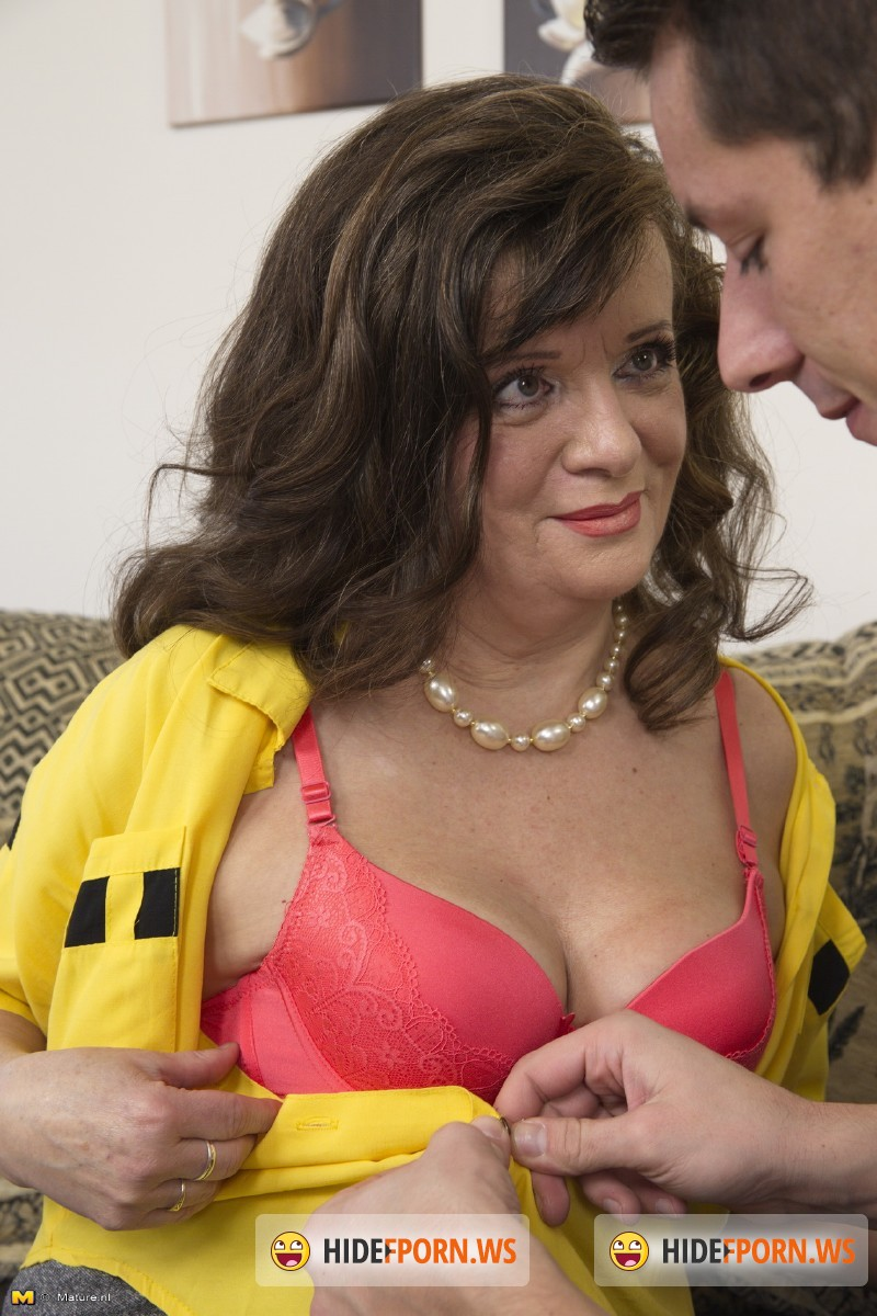 Mature.nl - Yalena (58) - Fresh mature lady doing her toyboy [SD 540p]
