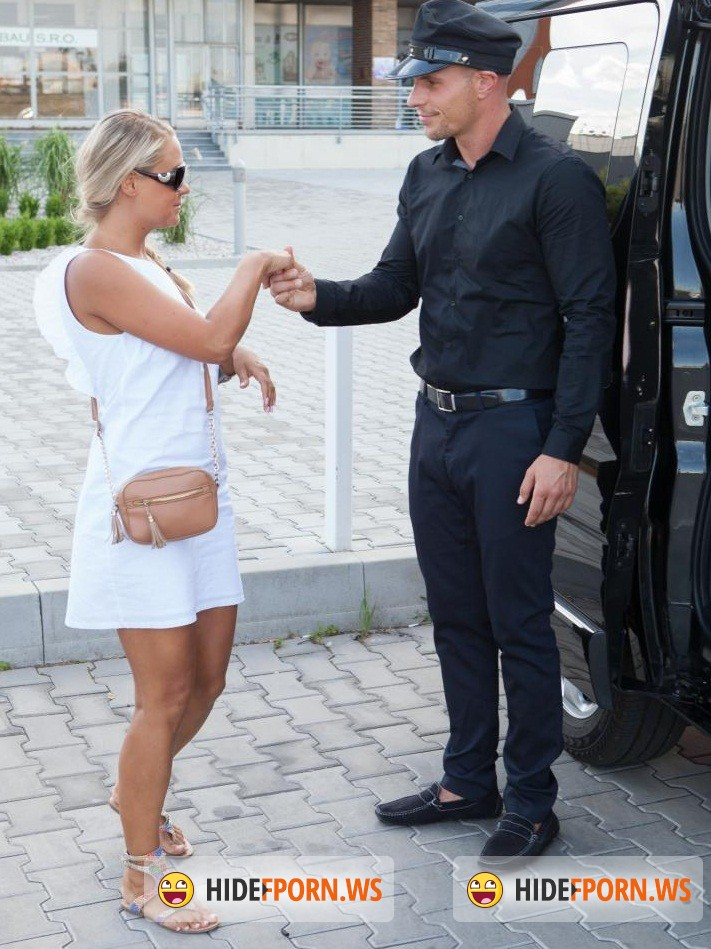 Barra Brass gets Minnie to help her with cock in crazy foursome XXX porn № 977680  скачать