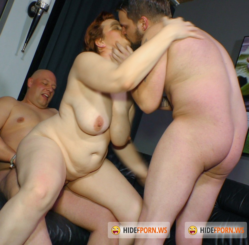 ReifeSwinger/PornDoePremium - Andrea S, Basti & Dirk S - Nothing like a good old mature German threesome [FullHD 1080p]