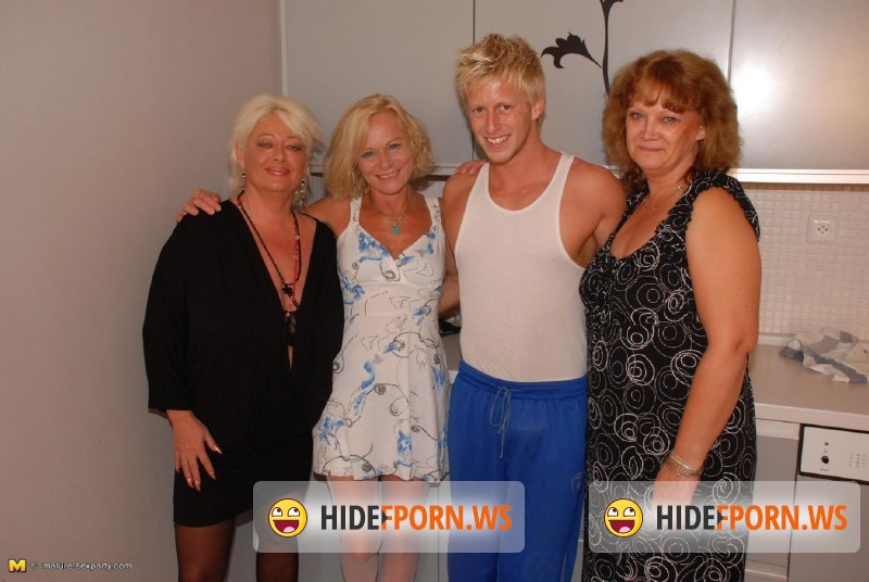Mature-Sexparty.com/Mature.nl - Valeska (44), Ariane (51), Sara V. (54) - Mature Sexparty - MSP37 [HD 720p]