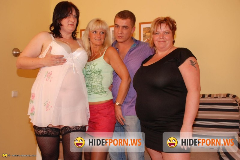 Mature-Sexparty.com/Mature.nl - Cathy W. (38), Jane D. (43), Ivonne H. (42) - Mature Sexparty - MSP39 [HD 720p]