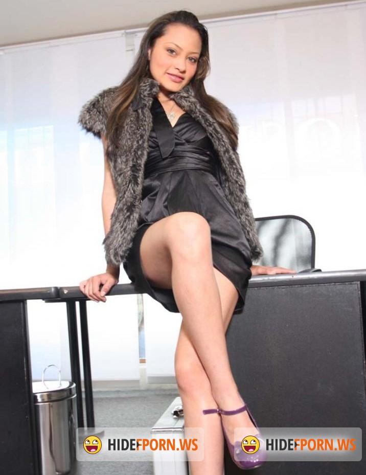 Latina Teen Actress Francia Raisa 21