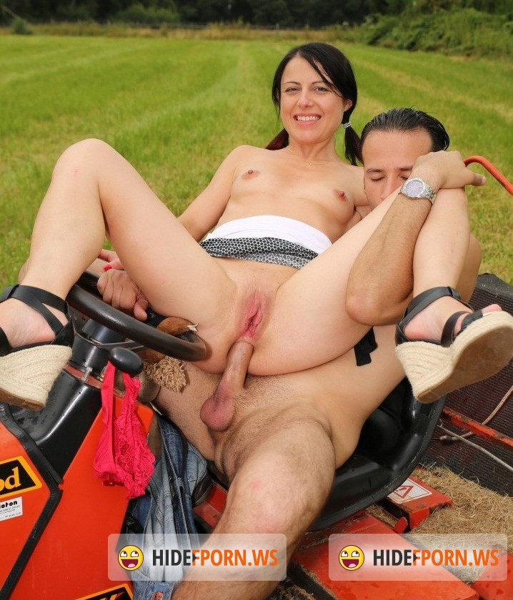 LaNovice.com/PornDoePremium.com -  Sisley Haim - A small-titted brunette French amateur slut is banged outdoors [HD 720p]