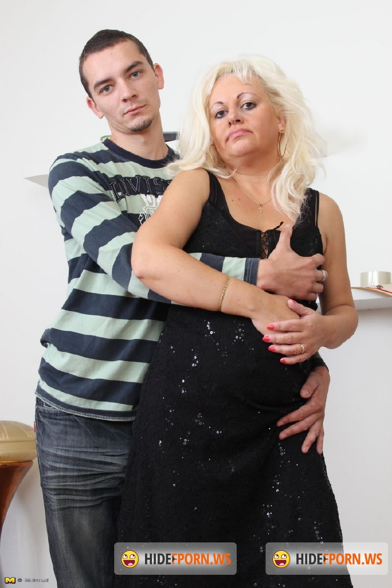 Mature.nl - Lorena (42) - Chubby mature housewife doing her toyboy [SD 540p]