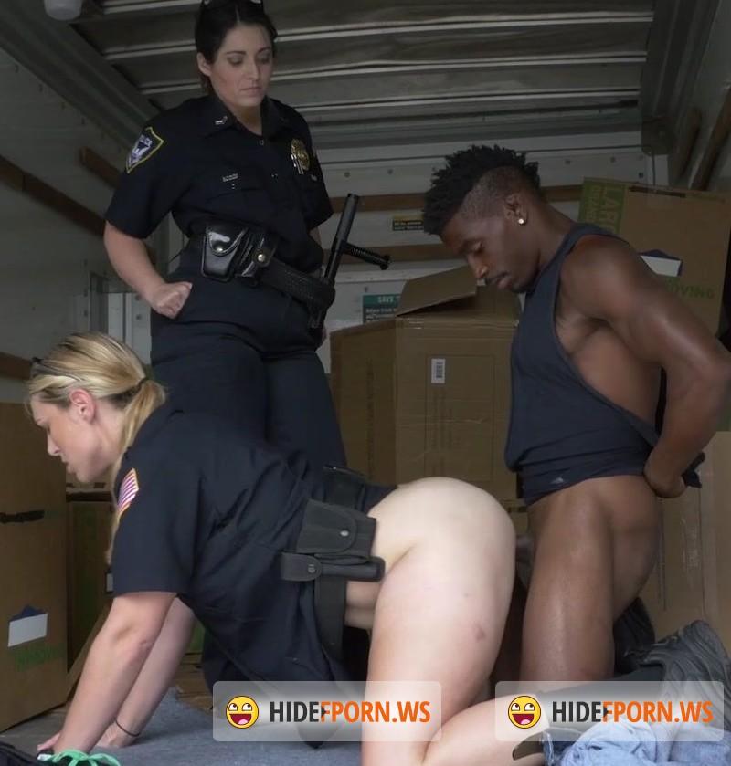 Cop fucks prisoner suspect initially denied 5