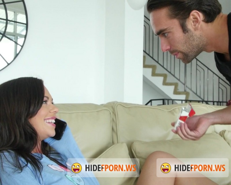 Savannah Fox gives head and gets harshly fucked for a cum on her booty  2118370