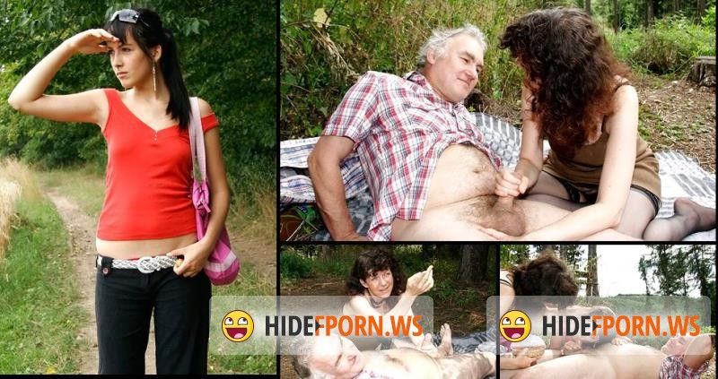 OldCoupleFuckTeen.com - Amateur - Threesome Face Sitting Picnic [SD 404p]