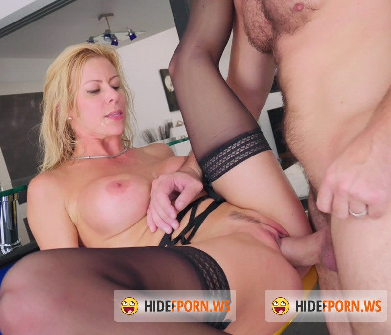 BangGonzo.com/Bang.com - Alexis Fawx - Busty Blonde Alexis Fawx In Unscripted Fuck [4K 2160p]