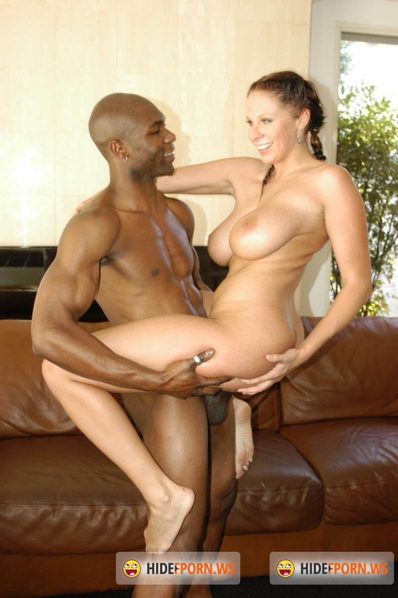 Giannaxxx.com - Gianna Michaels - Silverback attack [SD 480p]