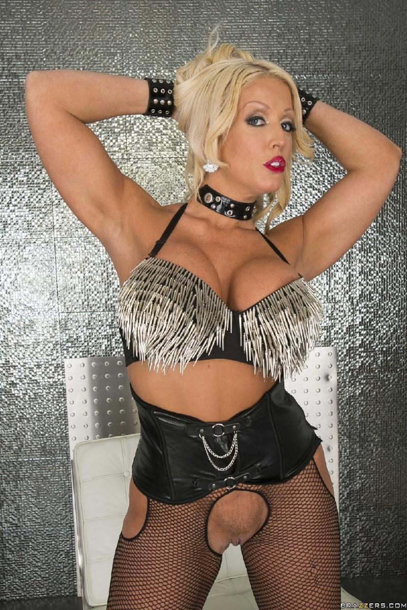 <strong>Realitykings  8th Street Latinas  Amber Taylor Nicki Ortega Seth Gamble  Cock Slide</strong>