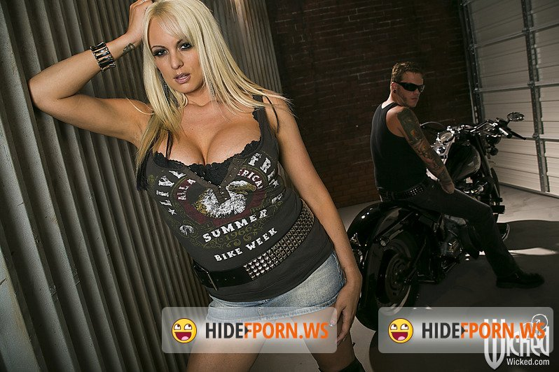 WickedPictures.com - Stormy Daniels - Unfaithful, Scene 5 [FullHD 1080p]
