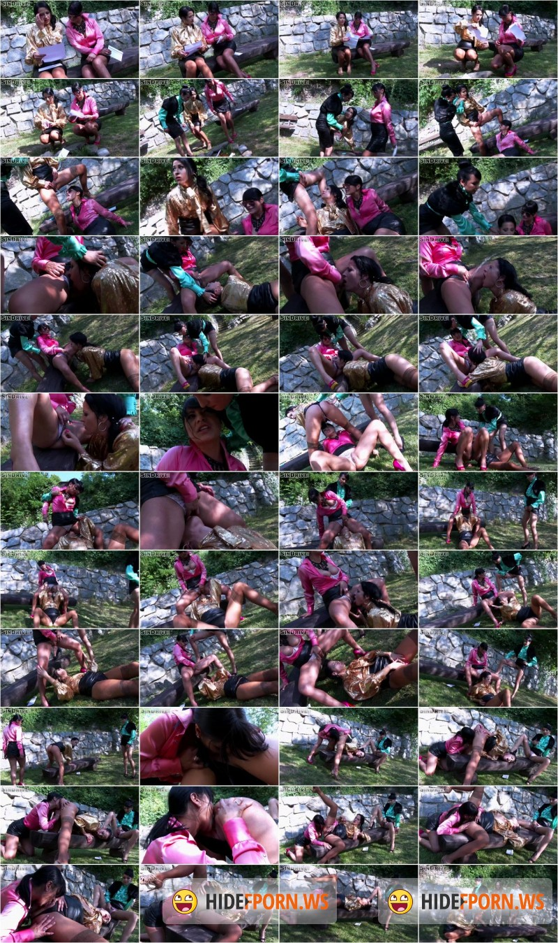 Sindrive - Tera Joy - Piss In The Park! Lesbos Fill Their Faces With Piss and Attack That Clit! [FullHD]