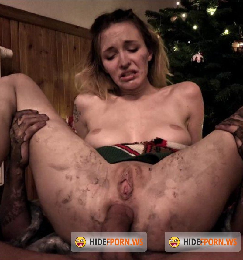 HorrorPorn.com - Amateurs - Bad Santa [FullHD 1080p]