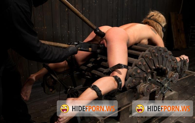 DeviceBondage.com/Kink.com - Amy Brooke - Squirt Alert! From the ass that keeps on taking [HD 720p]