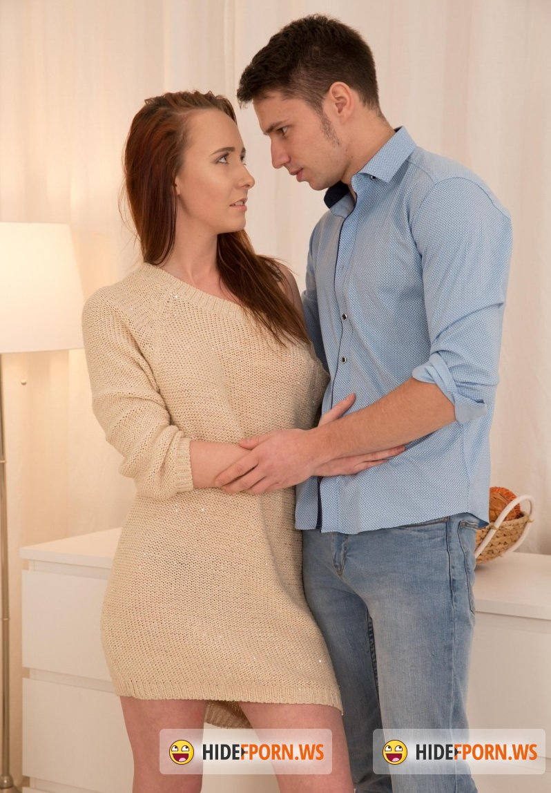 Anal-Beauty.com/TeenMegaWorld.net - Molly Quinn - Hot couple goes through exciting steps of a fantas [SD 540p]