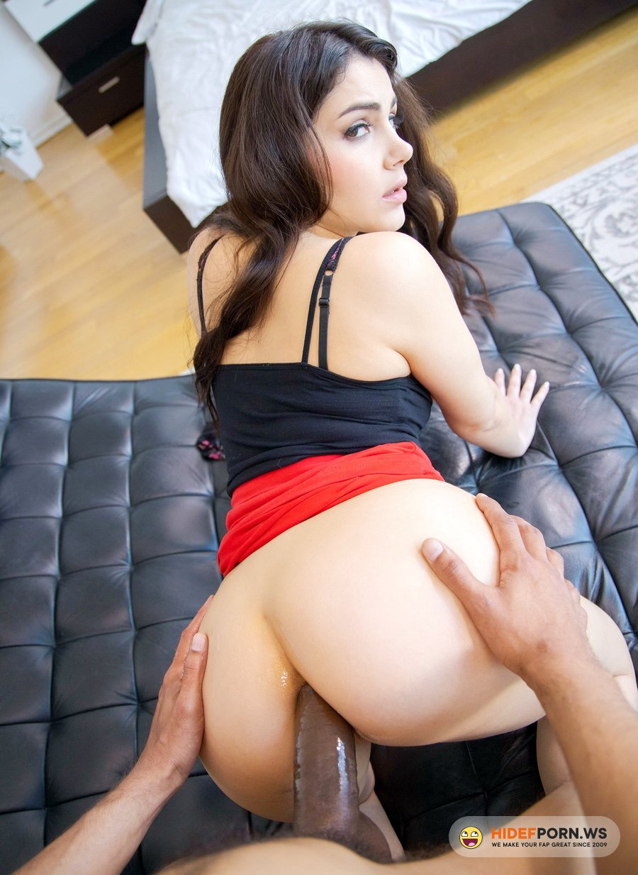 LegalPorno.com - Valentina Nappi - When Hubby Is Away, Busty Italian Valentina Nappi Fucks A Stranger At Home GP1337