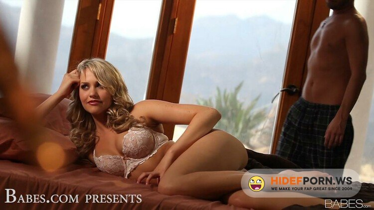 AssHoleFever.com/21Sextury.com - Veronica Morre - Veronica Anal in Lacy Fishnets [HD 720p]