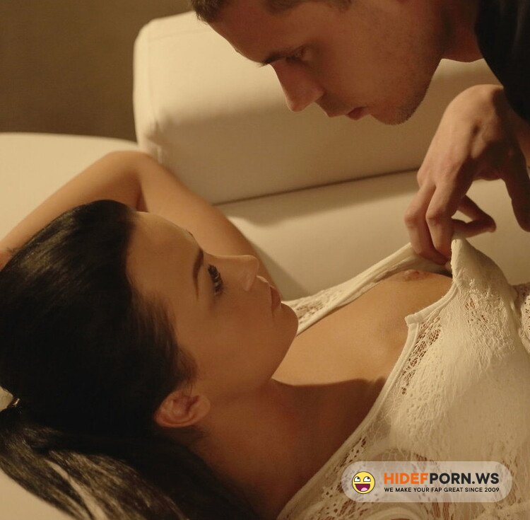 X-Art.com - Daphne - Take Me Now [FullHD 1080p]