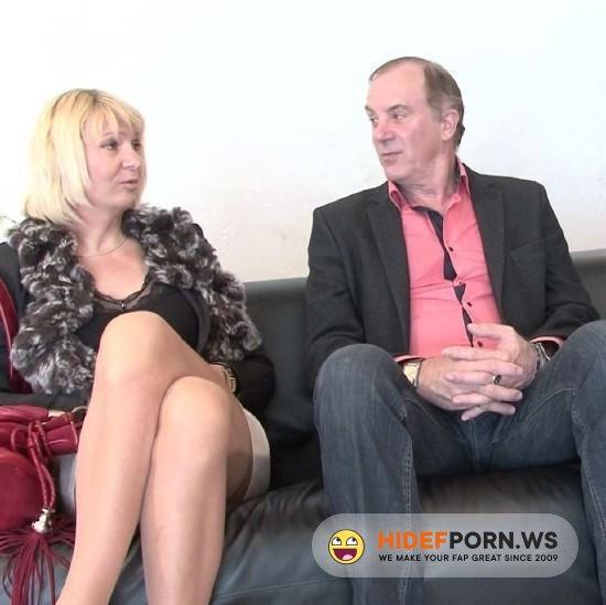 JacquieEtMichelTV.net/Indecentes-Voisines.com - Anais - Anais, 49ans, libertine normande! [FullHD 1080p]