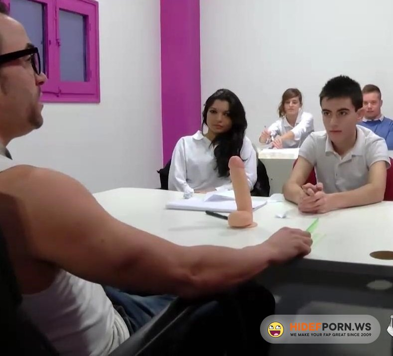 Amateurporn.cc - Ainara and Jordi El Nino Polla - Teaching Abot Oral Sex [HD 720p]