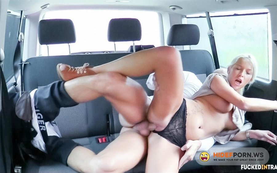 FuckedInTraffic - Karol Lilien - Lusty Blonde Czech Babe Gets Cum Covered During Hot Sex In The Car [2020/HD]