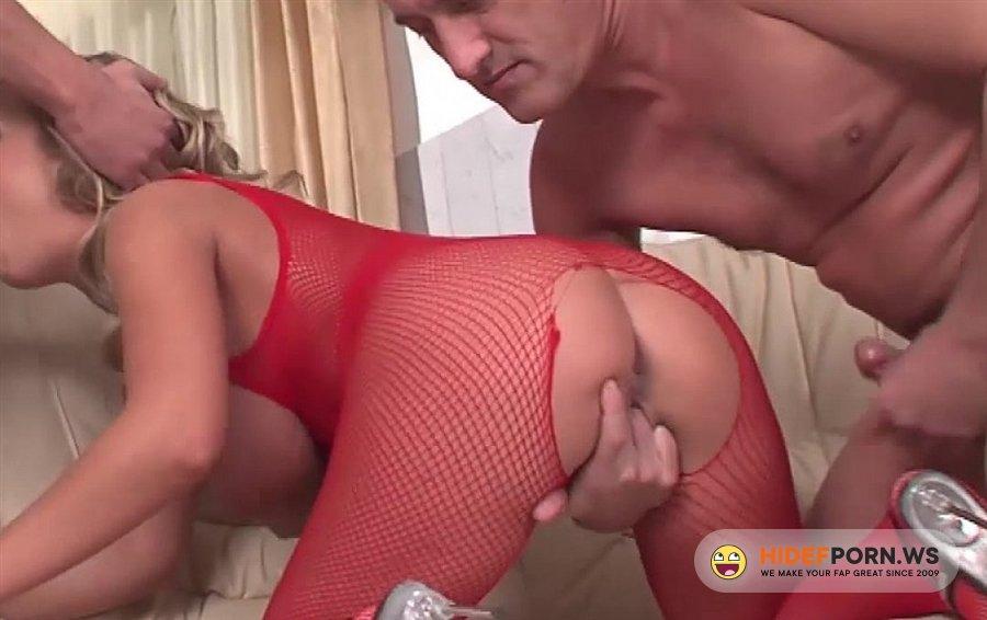 Porno xn images.dujour.com