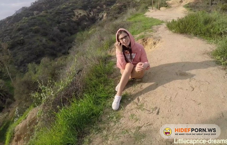 LittleCapriceDreams - Public Sex - In Front Of The Hollywood Sign [2020/HD]