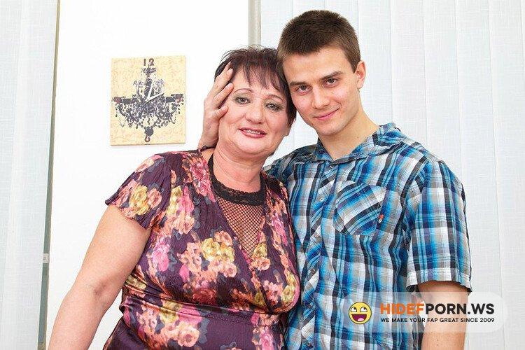 Mature.nl - Josina (55) - Mature mama gettin all dirty [FullHD 1080p]