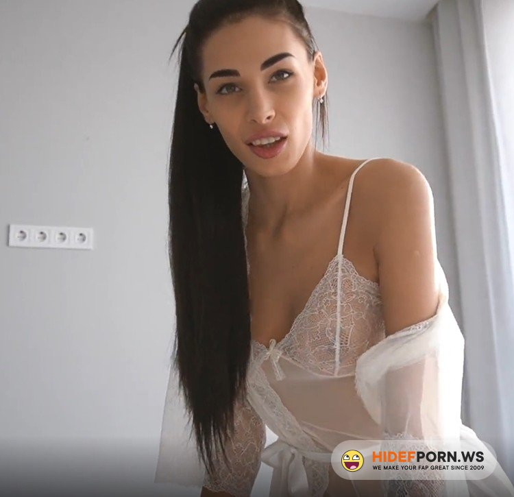 Fiamurr.com - Fiamurr - My Daddy Loves when I Suck his Dick in the Morning - Young Girlfriend Fiamurr [FullHD 1080p]