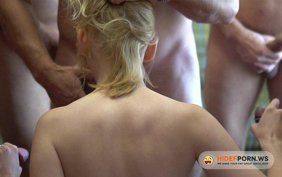 TexasBukkake - Tori Brookes - Slut Gets Gang-Banged [2020/FullHD]