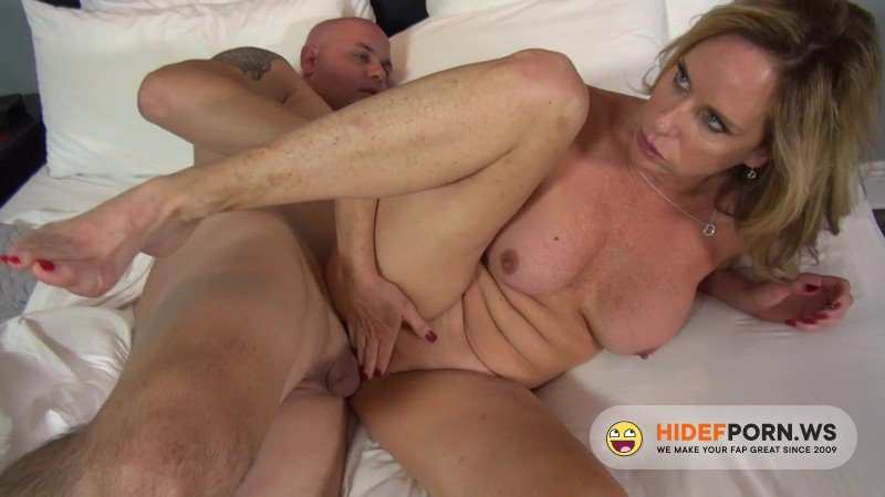 ManyVids - Jodi West - Sharing A Hotel Room With My Stepson [FullHD 1080p]